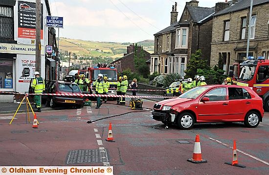 Oldham News News Headlines Lucky Escape As Car Ploughs Into Shop