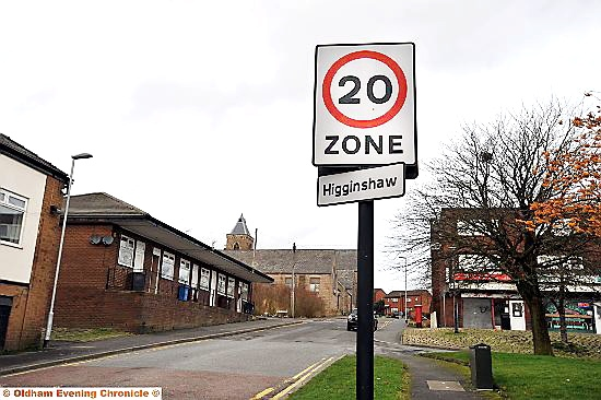 20mph sign at Egerton Street, Higginshaw