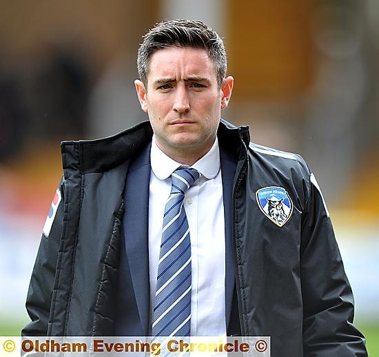Lee Johnson: eyes on the opposition