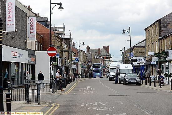 Oldham News | News Headlines | Market mayhem for Shaw - Oldham Chronicle