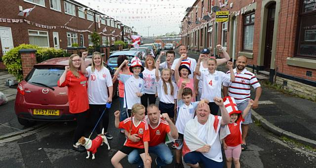 Oldham News News Headlines Patriotic Street Feels The Heat Of