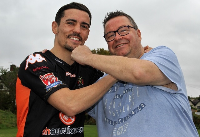 Anthony Crolla with Oldham Roughyeds Chairman Chris Hamilton