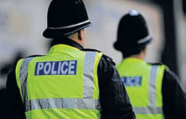Oldham News | Main News | Five people arrested as part of organised