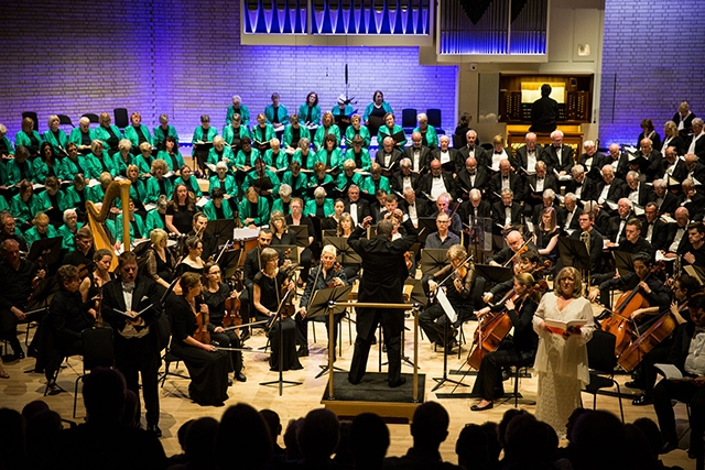 The Oldham Choral Society perform Elgar's Dream of Gerontius.