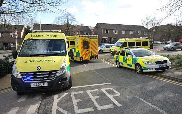 North-West paramedics will again stage a 26-hour strike this weekend
