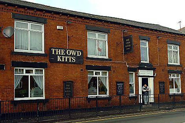 The Owd Kitts pub on Glodwick Road in Oldham - closed in 2011