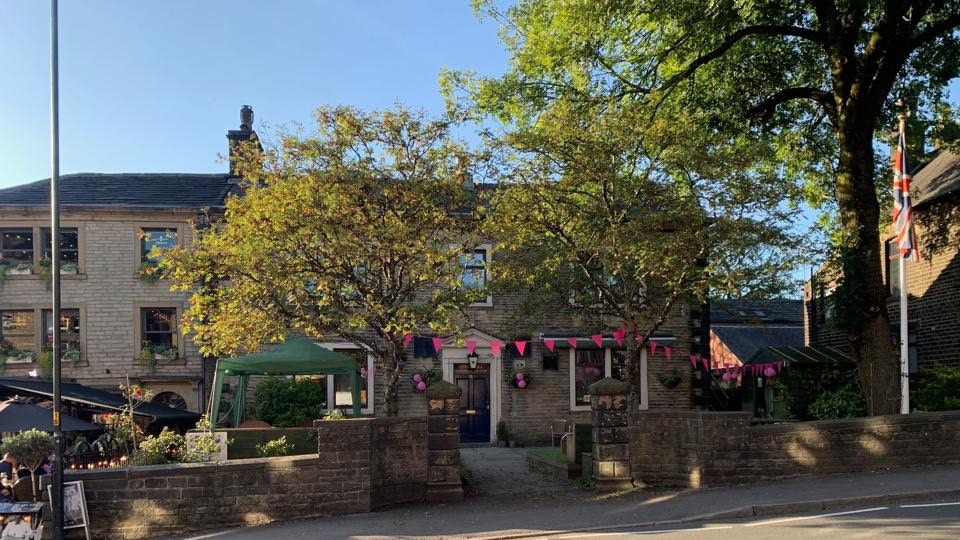 Uppermill goes pink