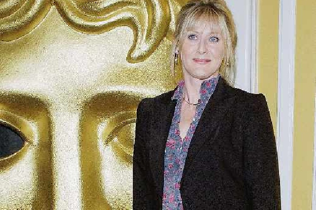 Oldham actress to star alongside Hollywood legend