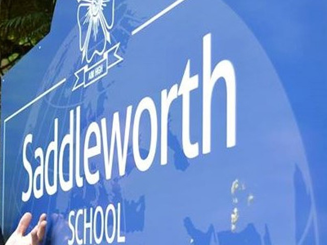New Saddleworth School approved