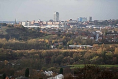 Oldham Council�s planning committee refused the application for the development of 265 houses in Springhead and Lees