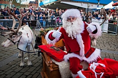 Santa�s Reindeer Parade takes place this�Saturday in Oldham town centre