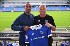 Chris O'Grady is welcomed back to Boundary Park by manager Frankie Bunn