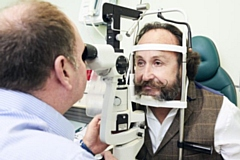 People in Oldham urged to get eyes tested