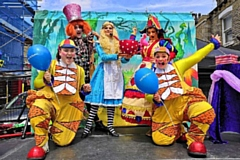 Circus performers entertained the hundreds of people on Saturday