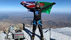 Akke Rahman has conquered Mount Elbrus in the Caucasus Mountains